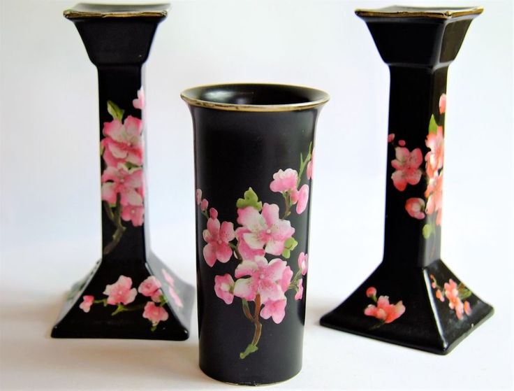 pair of candlesticks vase from carlton ware peach. Black Bedroom Furniture Sets. Home Design Ideas