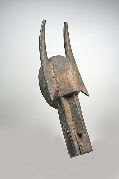 Helmet Mask  Date:19th–mid-20th century Geography:Côte d'Ivoire or Mali Culture:Bamana or Senufo peoples Medium:Wood, pigment Dimensions:H x W: 6 1/2 x 18 5/8in. (16.5 x 47.3cm)