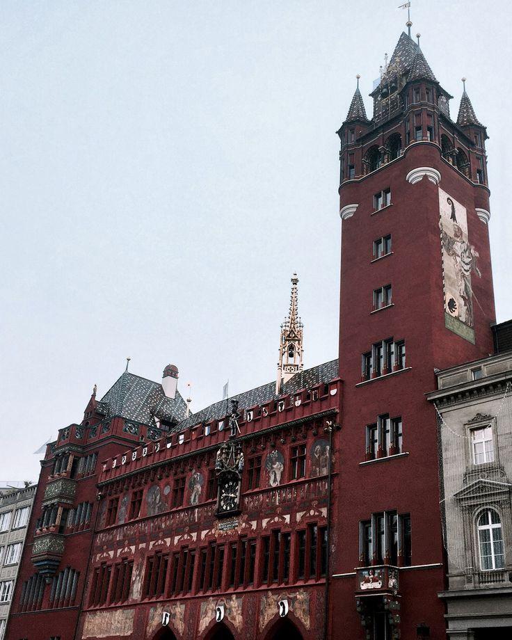 basel switzerland oldtown altstadt marketplace marktplatz townhall rathaus red frescos medieval renaissance tower