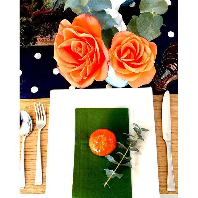 Stylisme de table en cours... #matteetglossy #stylist #tablesetting #interiorstylist #tablestylist #katespade