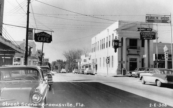https://flic.kr/p/b7vZWT | Brooksville | According to Robert Martinez, photo is from 1958 (h240).