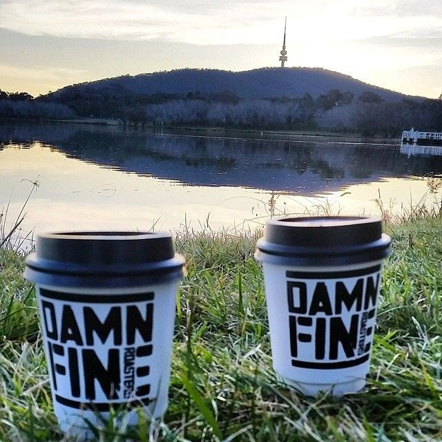 A damn fine view matched with Damn Fine Roasters coffees from @westsideacton – what a way to end another awesome weekend in Australia's capital! Thanks to Instagrammer @dinhk9 for sharing this photo and tagging #visitcanberra