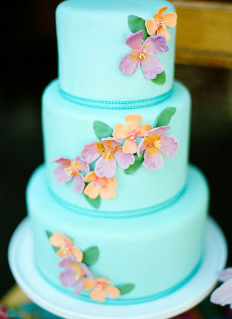 8 Tropical Themed Cake Beauties: Aloha, Hawaii!