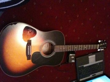 acoustic guitar beautifull sunburst full body dreadnought for sale in Ayr. Used second hand Guitars & basses for sale in Ayr. acoustic guitar beautifull sunburst full body dreadnought available on car boot sale in Ayr. Free ads on CarBootSaleScotland online car boot sale in Ayr - 10520