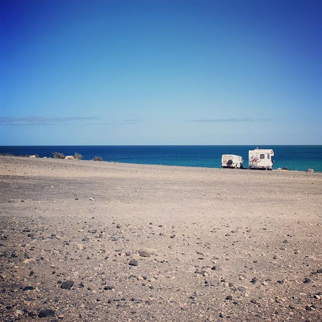 #costacalma #jandia #fuerteventura #canaryislands #sotavento #sotaventobeach #camper #inthemiddleofnowhere