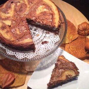 Das Rezept für diese Käsekuchen-Brownies habe ich mal in der 'CHEFKOCH'-Zeitschrift entdeckt. Für die glutenfreie Variante verwende ich glutenfreies Mehl und da ich keine eckige Ofenform habe gibt's die Brownies bei mir als runden Kuchen. Außerdem verwende ich weniger Zucker… Rezept für eine eckige Ofenform (ca. 34 x 24 cm) oder eine Springform (ca. 26 …
