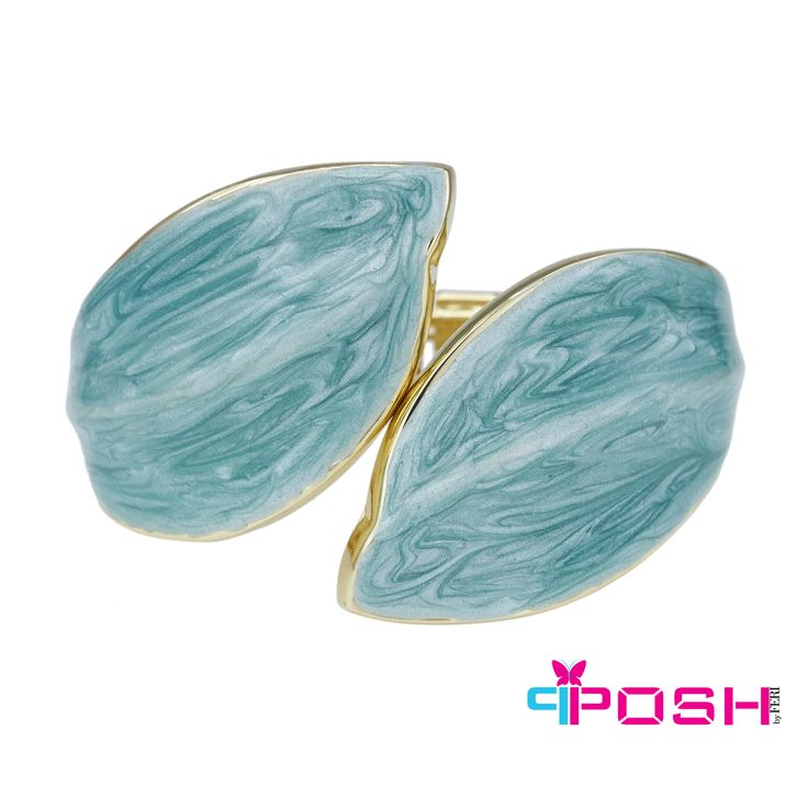 """- Hinged bracelet - Gold tone metal topped with stunning turquoise colour - Dimension: 1.77"""" width"""