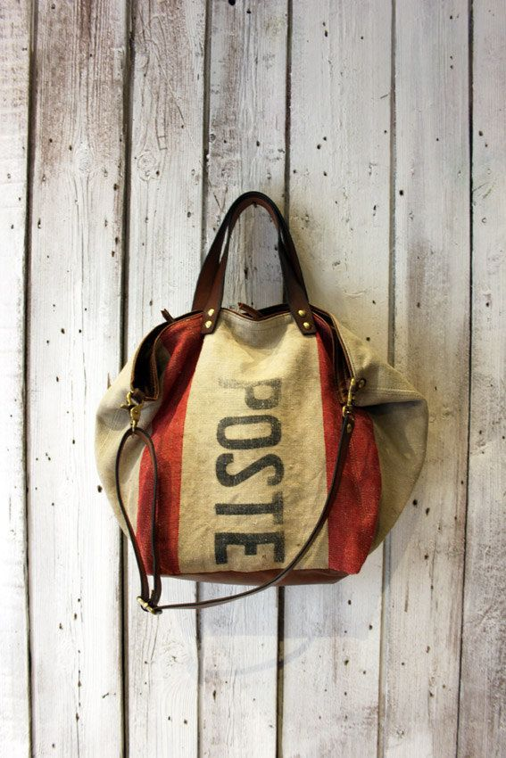 "Handbag made out of original Italian mail bag from 1945 RARE&UNIQUE ""poste bag"" di LaSellerieLimited su Etsy"