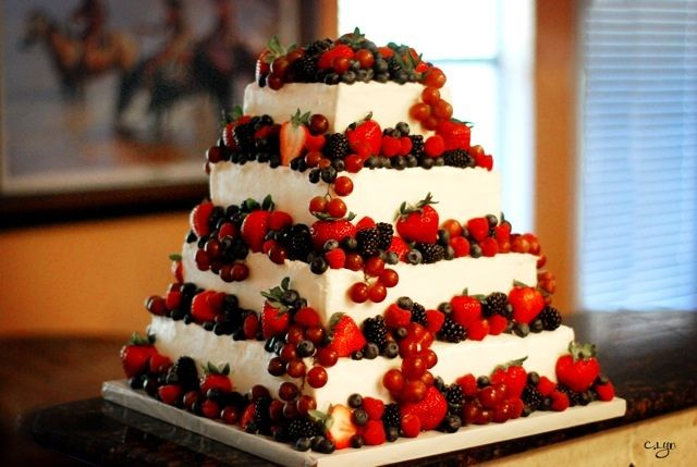 fresh with anna olson wedding cake 17 best ideas about berry wedding cake on 14496