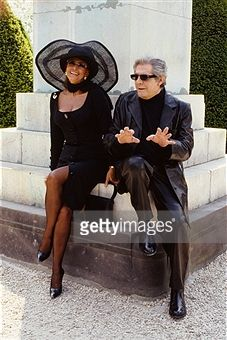 Italian actors Marcello Mastroianni and Sophia Loren on the set of the film Pret-a-Porter, (Ready to Wear), directed by American director Robert Altman.