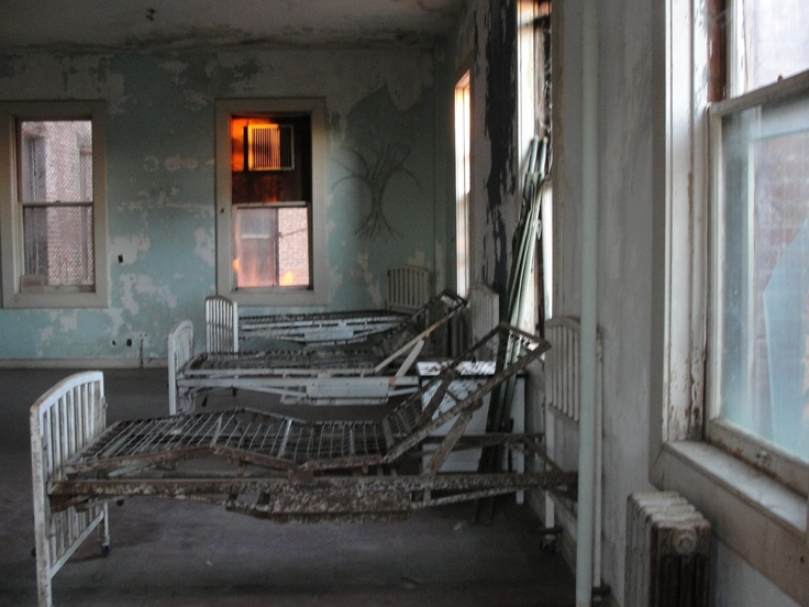 Hospital Room Inside Preston Castle Spacek Medical