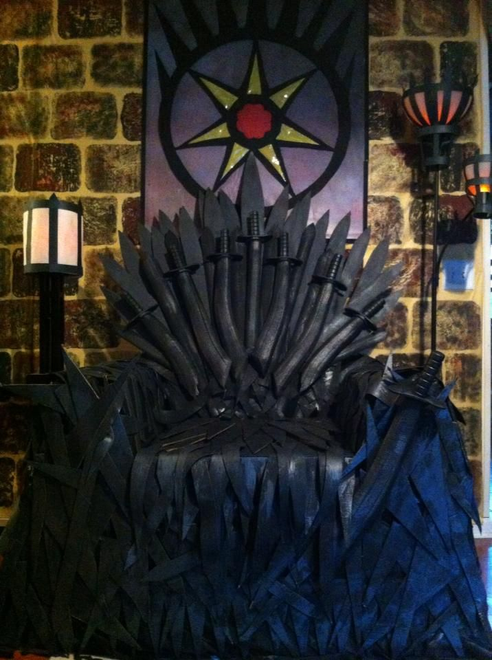 Iron throne for got theme party cardboard craft foam for Iron throne painting