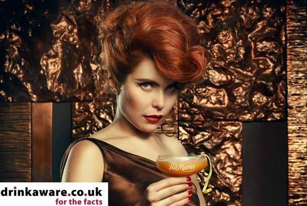 Paloma Faith rocking an elegant vintage look. I want to know how she does her hair!