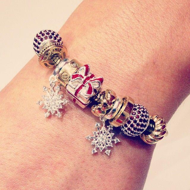 """Jenn's Design #4: """"On the 5th Day of Christmas, My True Love Gave To Me, 5 Golden Rings!!"""" #emmaandroe @emmaandroe #emmaandroecanelands"""