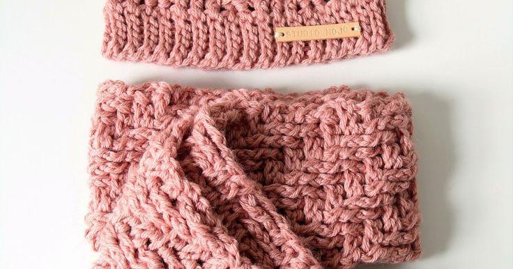 Vorige week kwam eindelijk het telefoontje datde bestelde bolletjes wol voor de sjaal van Janne waren gearriveerde.Stad en land hebben ze ...