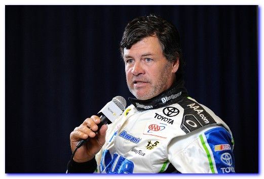 Michael Waltrip Hairstyles - Clint Bowyer, Michael Waltrip 2015, Michael Waltrip Racing - Best Hairstyles - http://www.besthairstyles2013.com/michael-waltrip-hairstyles.html