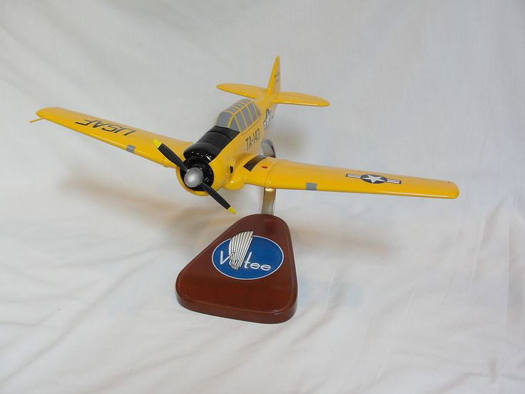 Pacific Aircraft Vultee B 13 Valiant WW2 Trainer Airplane Desk top Model #Warplanes