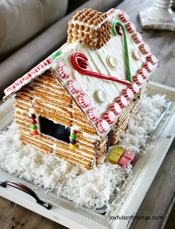 Easy Gingerbread House  #Taste of Home Gingerbread Open House