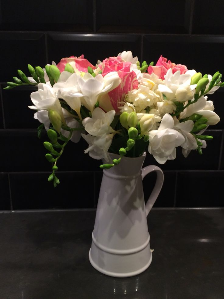 Colombian roses & sweet smelling Freesias