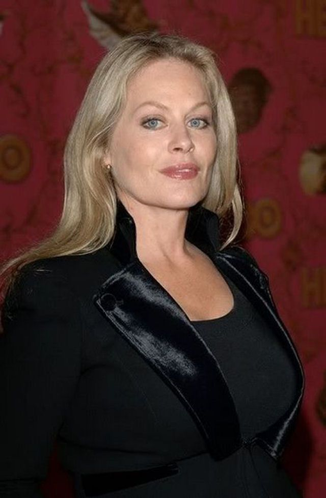 Beverly D Angelo Aos 58 Anos Beverly D Angelo In 2019