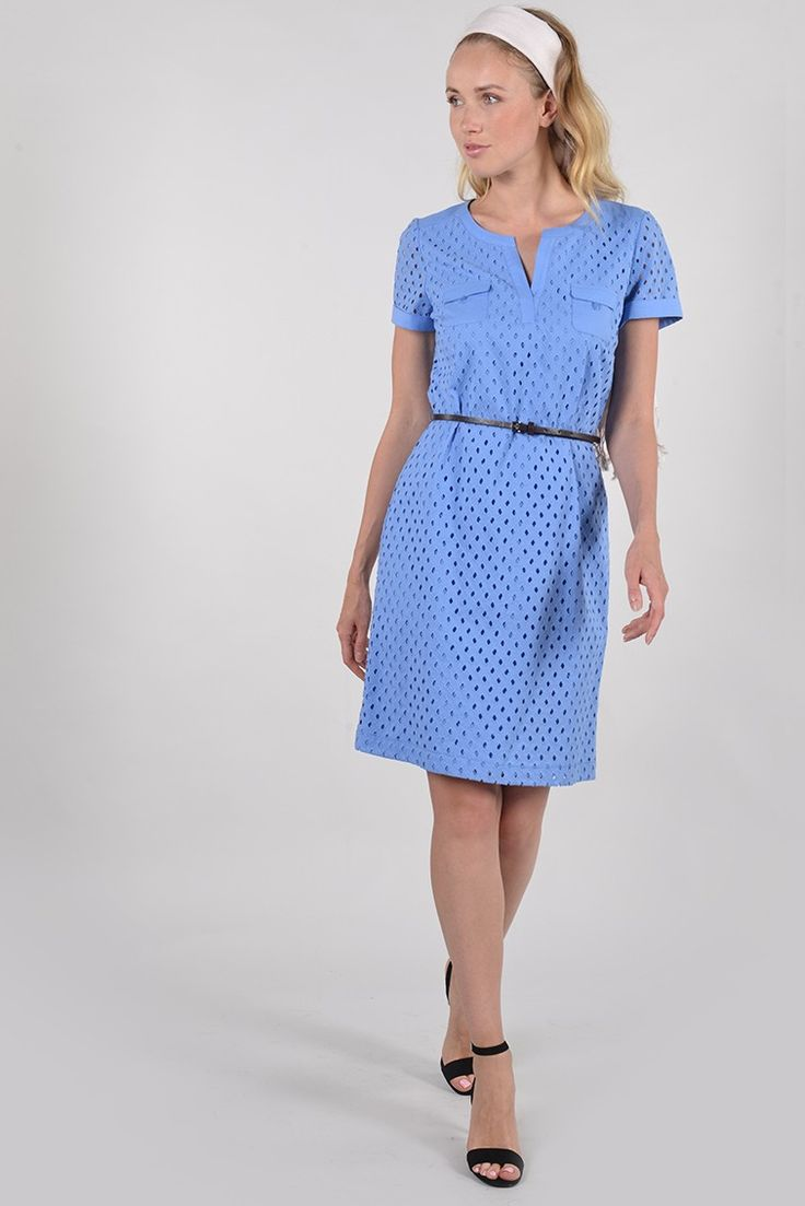 Perrina robe mc - Antonelle Réf :  17RO1812 Cette robe avec petite ceinture fine, en broderie anglaise délicate avec son style très chic tout en finesse vous accompagnera dans vos petites occasions habillées si vous l'enfilez avec des talons. Ou dans un style champêtre avec un petit blouson en jean et des petites baskets. A vous de décider!!! #Antonelle #dress #blue #cute   #clothing #instasell #instamoda  #lookoftheday #womenswear