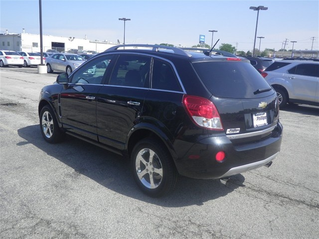 2012 Chevrolet Captiva Sport, Black Granite Metallic, 15177545  http://www.phillipschevy.com/2012-Chevrolet-Captiva-Sport-LT-Chicago-IL/vd/15177545