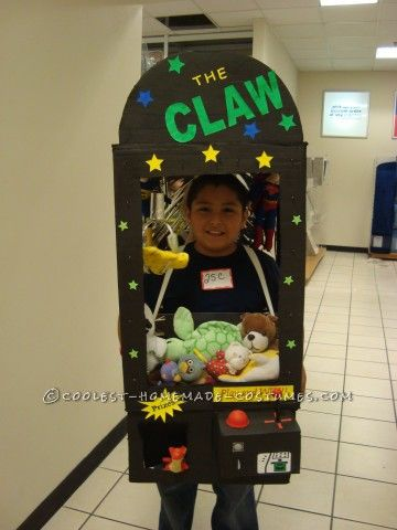 Coolest diy claw machine arcade game costume arcade for Homemade halloween costumes for 10 year olds