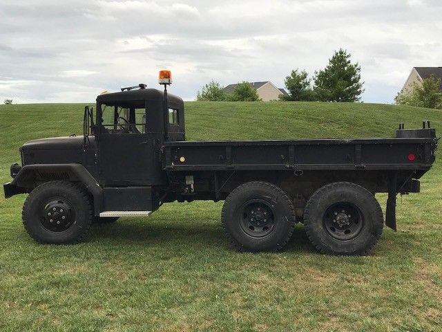 snow plow 1971 AM General M35 military