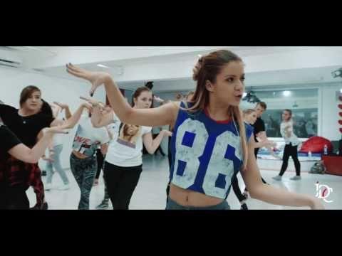 Vogue klass by Alena Dvoichenkova (International Dance Center) - YouTube