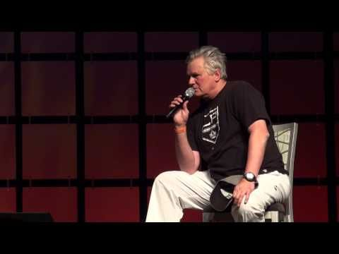 Richard Dean Anderson HD Phoenix Comicon 2014 - #video - I laughed so hard! #MacGyver #Stargate