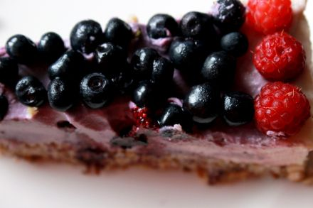 Raw vegan lemon blueberry cheesecake