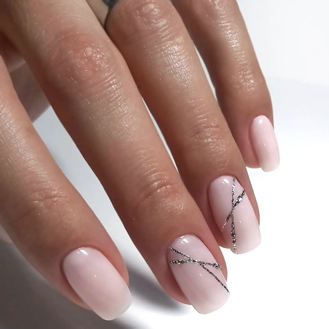 Shellac Nails: All You Need To Know To Wanna Try Them Out – Beauty & Styling
