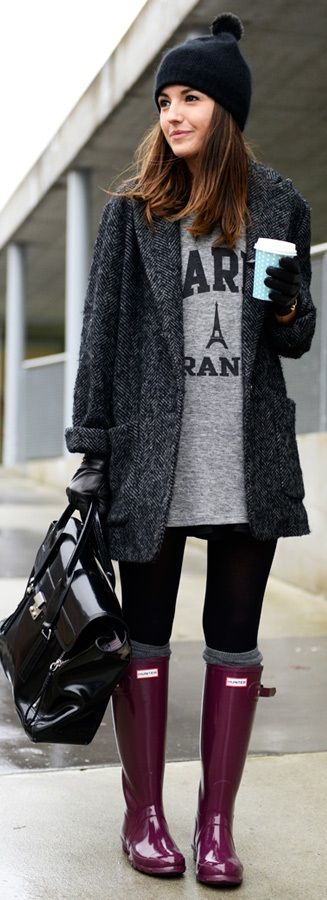 This ladies outfit is so cute but I especially like her Hunter wellies. I really want some Hunters when walking the dog!