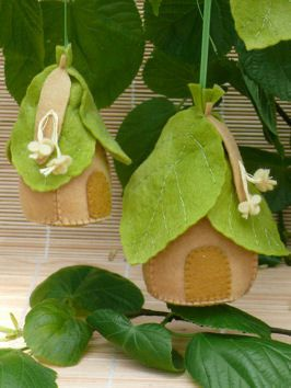 Linden tree houses by Tintangel on Etsy, €11.60