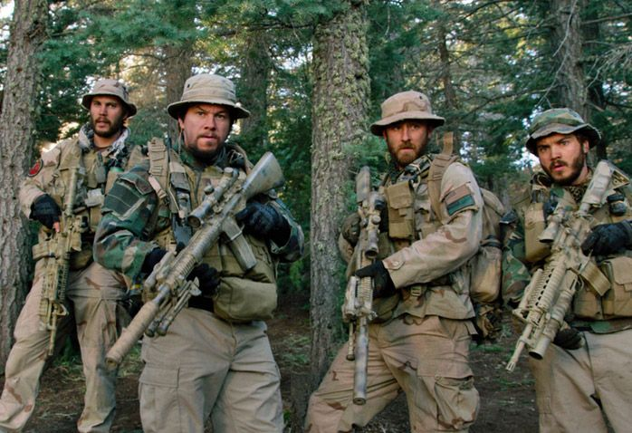 Taylor Kitsch, Mark Wahlberg, Ben Foster, & Emile Hirsch in Lone Survivor. Incredible movie