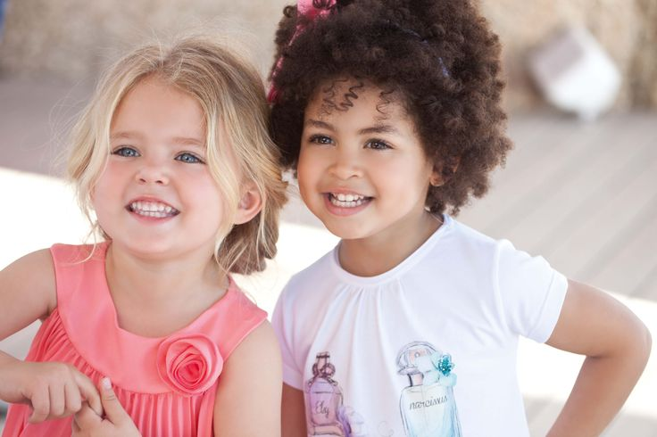 Elsy Abbigliamento eleganti per bambine, vestiti bambina, abiti da cerimonia, abiti bambine #abbigliamento #vestitibimba #cerimonia #cerimoniabimbi www.elsyspa.com/...