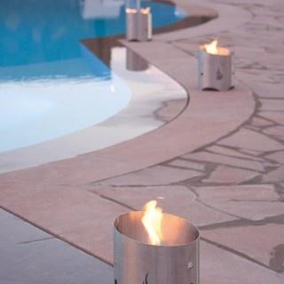 camino bioetanolo a forma di torcia per illuminare gli spazi della tua casa