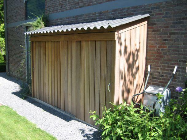 Leuk om zelf te maken | tuinkast voor kussens etc www.appeltern.nl Door paula45