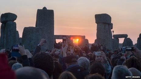 Summer solstice celebrated at Stonehenge. An estimated 37,000 people gathered to watch the sun rise over Stonehenge on the longest day of the year, with a small number of arrests reported by Wiltshire Police. After bad weather in recent years, the crowds were treated to a glorious spectacle this time around, as Scott Ellis reports. #Stonehenge #SummerStolstice #summer #England #Druids #UK #Britain