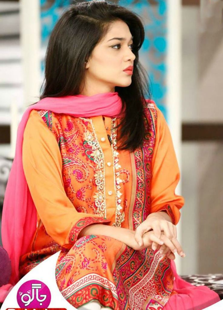 Sanam Jung's eye catching dresses