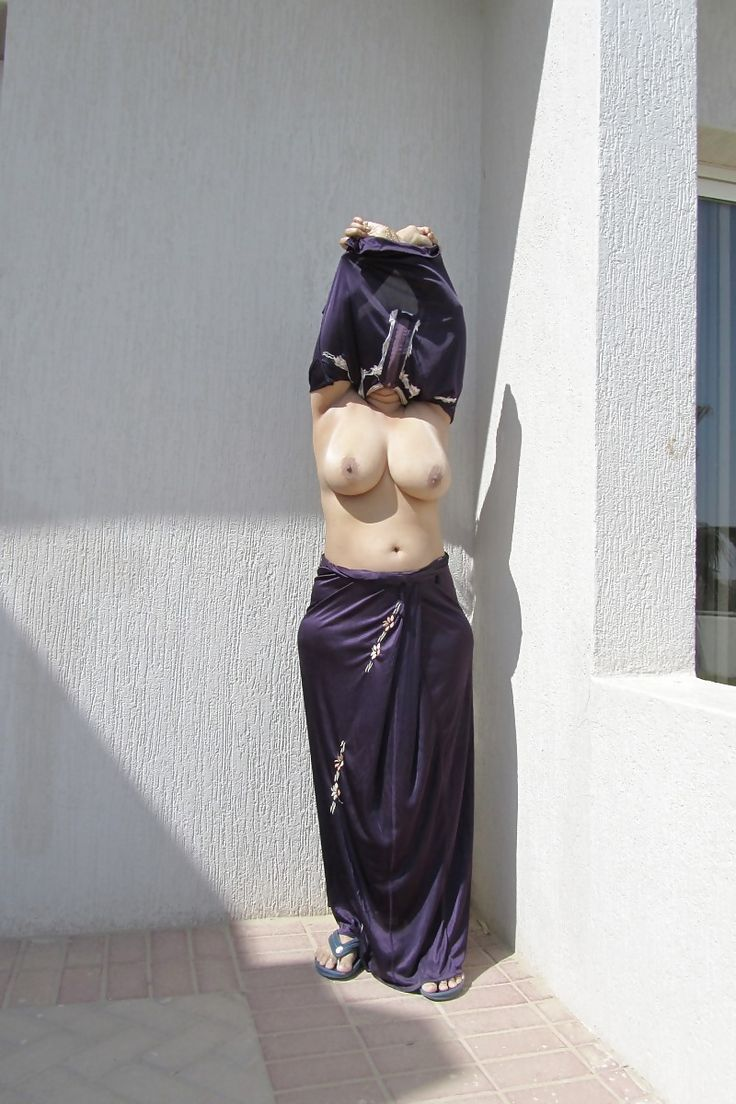 exbii nude world women