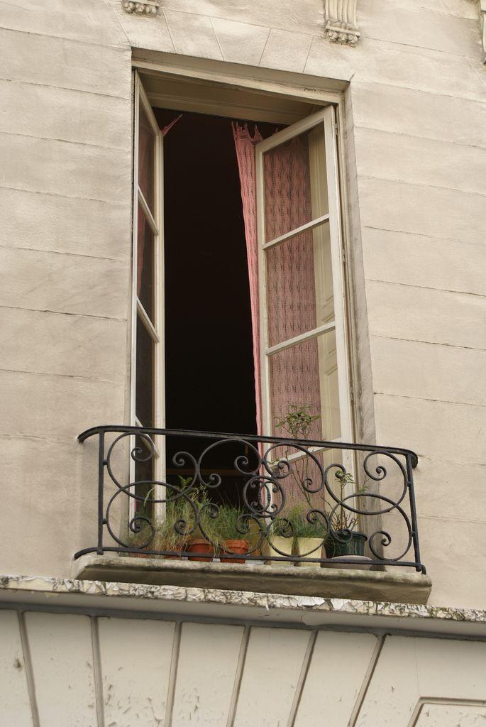 french balcony   rue saint andré des arts   Ingrid Jansen   Flickr