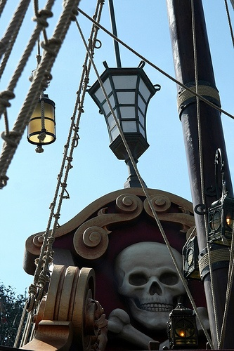 Have you always wanted to go on board of a real Pirate ship? It's possible! In #disneylandparis