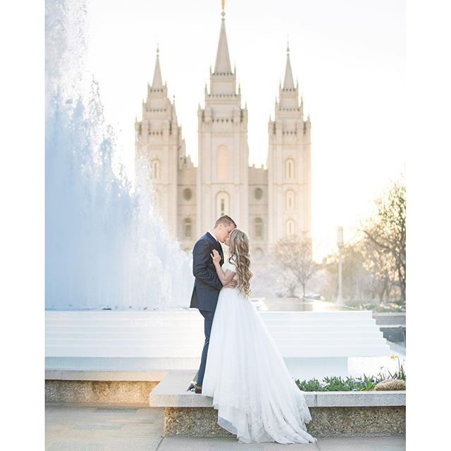 Lake Wedding Ideas: Perfect Photography Via @magnoliarouge