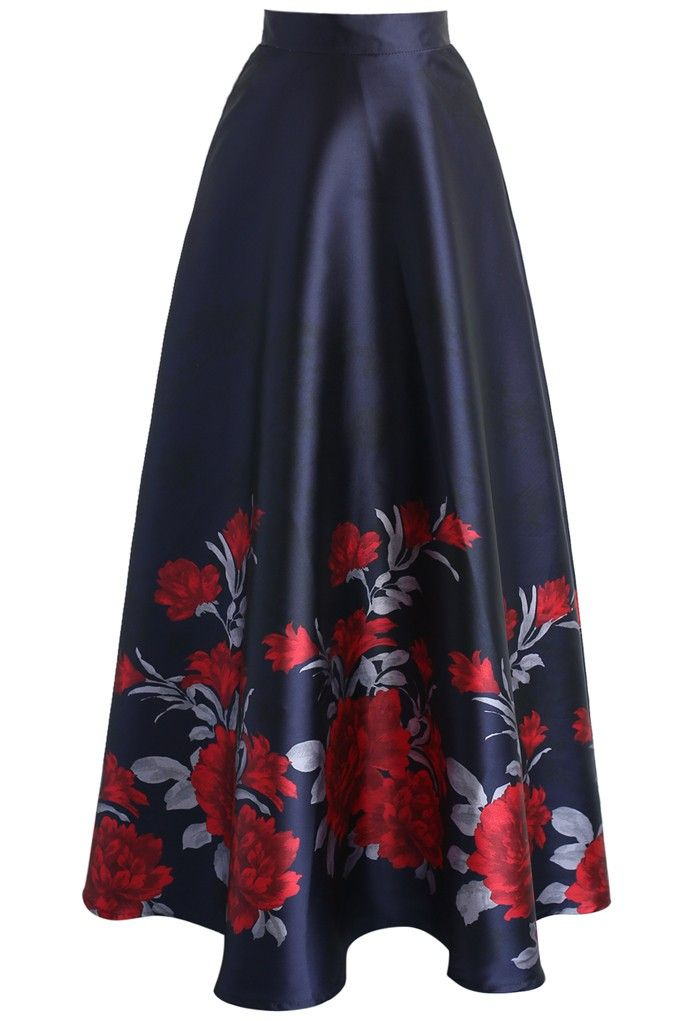 Who says a party dress is the only garment that can steal a show? Slip into this attention-grabbing printed maxi skirt. Its long length make it appropriate for winter but the fabric and peony print make sure it's as great a party look as any summer dress.   - Peony print  - Lined - Concealed back zip closure - 100% Polyester - Machine washable  Size(cm)Length   Waist XS           111        64 S        ...