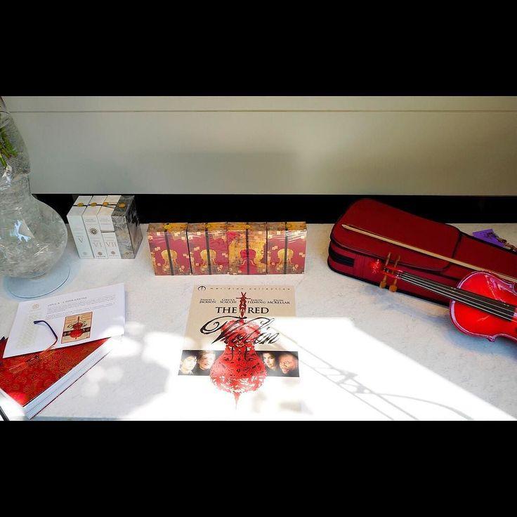 La nostra vetrina dedicata a Opus X  by Amouage fragranza ispirata al film The Red Violin #mariabrunabeauty #vetrina #amouage #amouageperfumes  #opusx #theredviolin