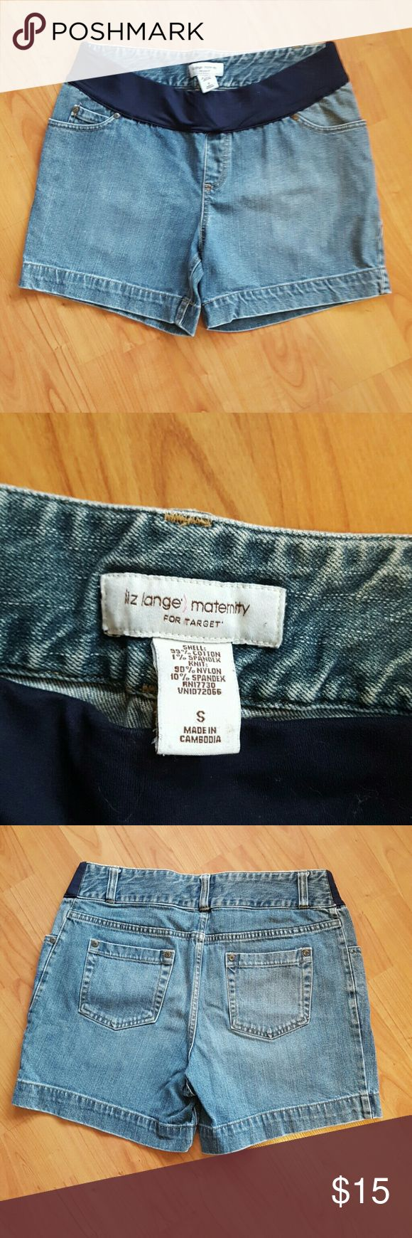 Liz Lange sz small maternity jean shorts Very nice pre-owned condition Liz Lange for Target Shorts Jean Shorts