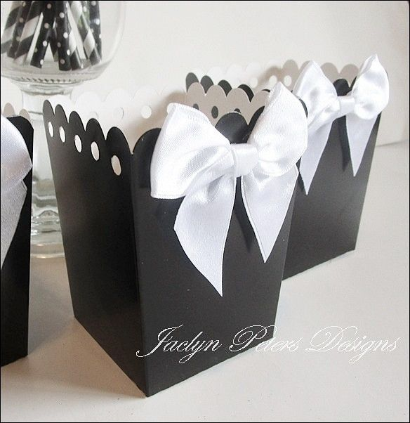 Black And White Popcorn Boxes With Bows