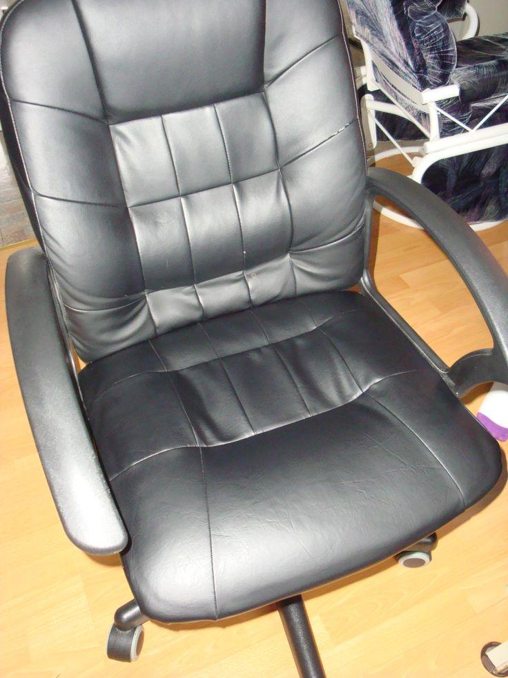 ma chaise maintenant terminé. À noté que j'ai seulement refait le siège. le dossier est usé seulement a un ou deux endroit, pas asser abimé pour la refaire