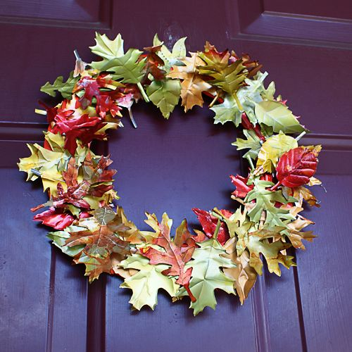 Soda can wreath - these leaves are actually made from upcycled soda cans!